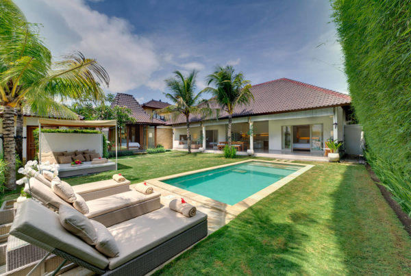 Private Luxury Villa to Rent for your Holidays in Bali, Sahana Villas Seminyak Garden