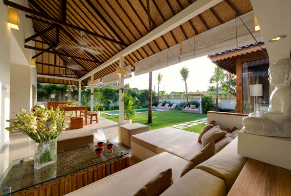 Private Luxury Villa to Rent for your Holidays in Bali, Sahana Villas Seminyak lounge shot