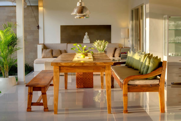 Private Luxury Villa to Rent for your Holidays in Bali, Sahana Villas Seminyak dining room